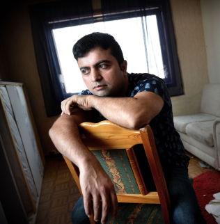 <p>BELASTNING: Det tyngste for Mahmoud er at han ikke har noe meningsfylt å fylle dagene med.<br/></p>