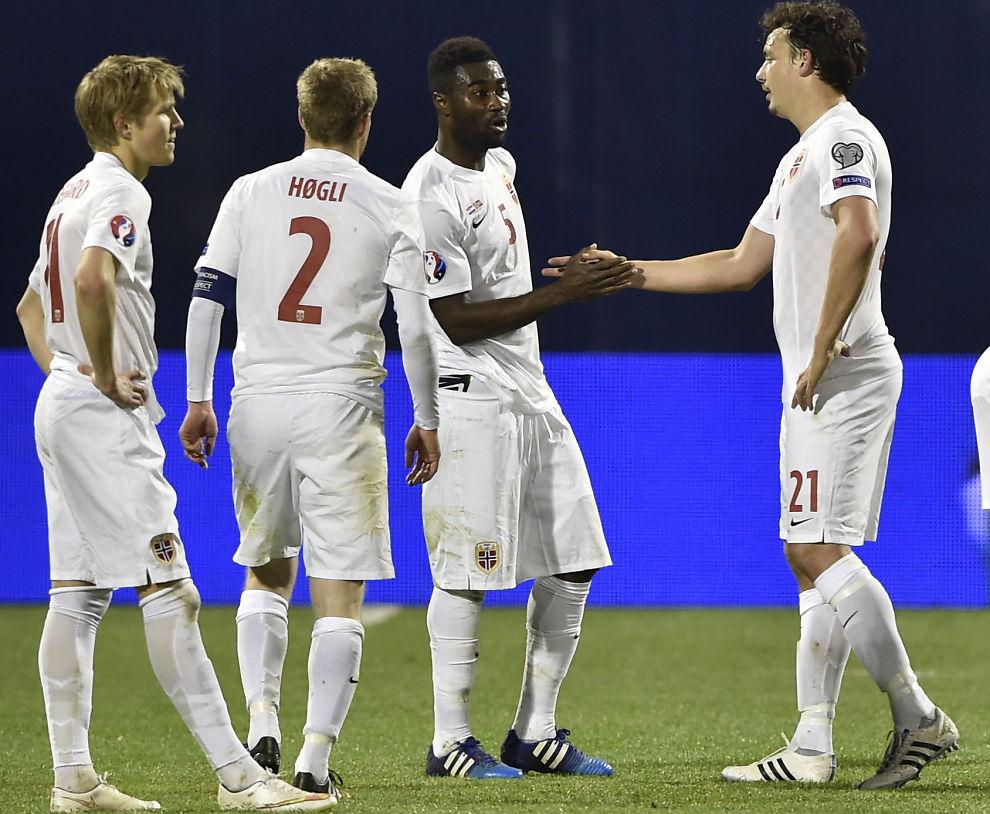 <p>LIGGER LAVT: Tungt tap for Norge mot Kroatia. Martin Ødegaard, Tom Høgli, Alexander Tettey og Vegard Forren ligger ikke på samme gjennomsnitthøyde som de beste norske landslagene.<br/></p>
