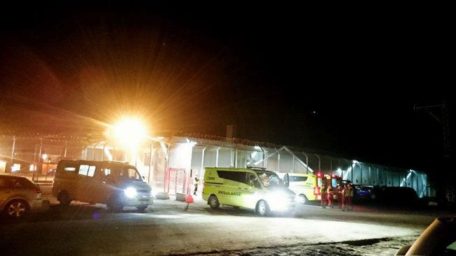 <p>BRÅK: Flere ambulanser og politipatruljer rykket ut til Trandum om kvelden 15. mars. 66 personer ble pågrepet etter opptøyene.<br/></p>