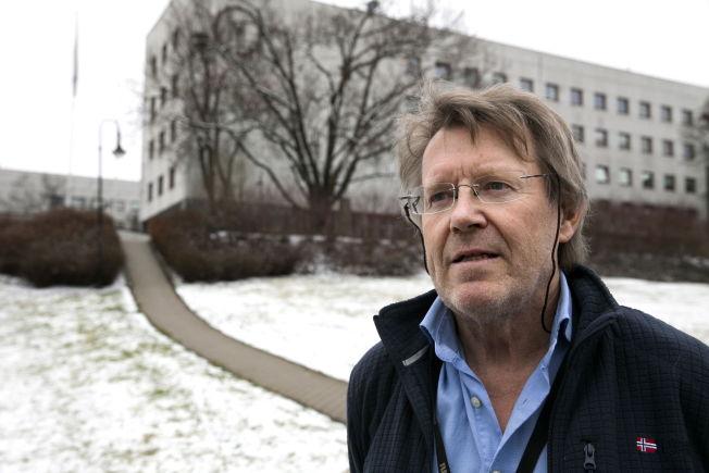 <p>MYE Å GJØRE: Sekretær for Kringkastingsrådet, Erik Berg-Hansen, har hatt en travel vinter. Økningen i antall klager på NRKs programmer har vært stor.<br/></p>