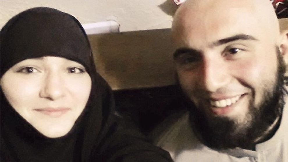 <p>EKTEPAR: Abu Edelbijev (23) og Diana Ramazanova (18).<br/></p>