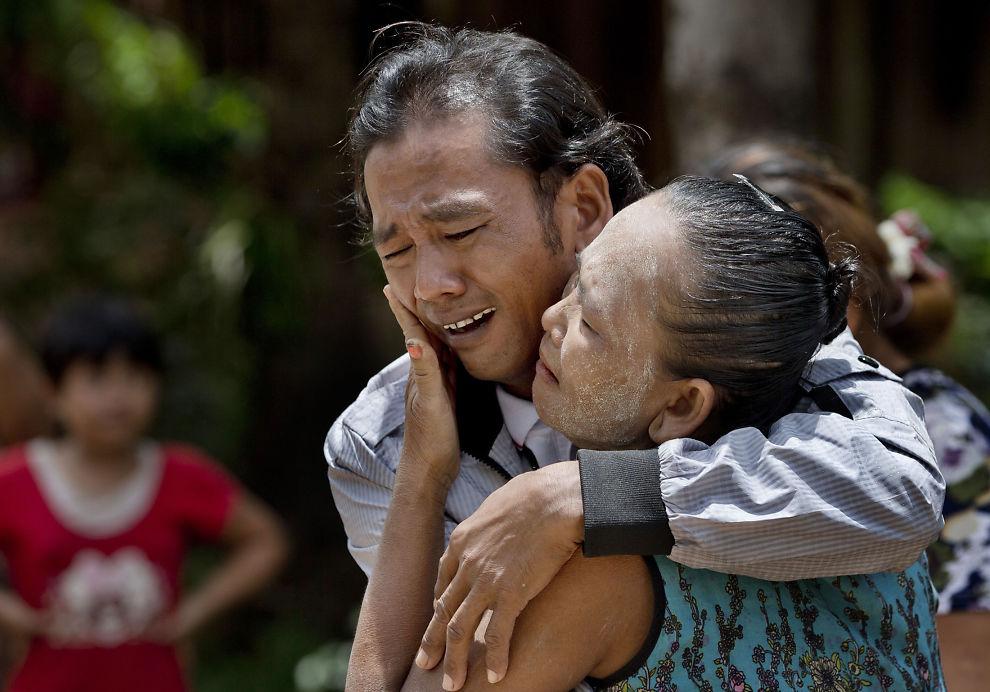 <p><i>HJEMME: I mai 2015 kom Myint Naing endelig hjem til landsbygda han forlot for to tiår siden. Han har i likhet med mange burmesere vært solgt og utnyttet som slaver i fiskeindustrien i Sørøst-Asia.<br/></i></p><p><br/></p>