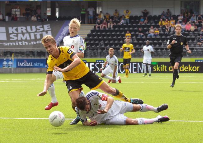<p>DOMINERER: Kristoffer Ajer (17) spilte nok en stor kamp, og scoret to mot Stabæk lørdag.</p>