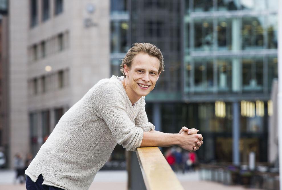 <p>YDMYK TYPE: 24 år gamle Sondre Justad skal onsdag opptre under VG-lista i Bergen - en jobb han gleder seg til.<br/></p>