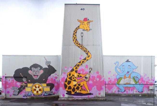 <p>SAMTIDSKUNST: Graffitikunst på Vippetangen<br/> I disse dager preges havnepromonaden ved Vippetangen av grafittikunst, med navnet «Vippetangen gledessymfoni».<br/></p>