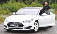 Tesla-eiere: – Flere feil på bilen, men vi «elsker» den!