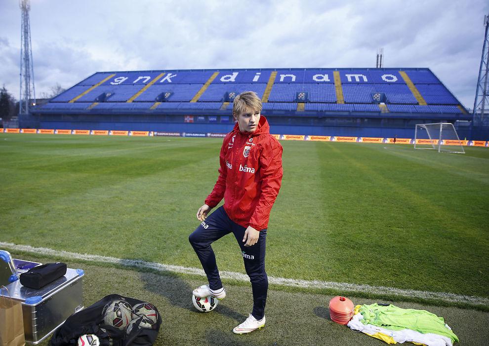 <p>PÅ LANDSLAGSTUR: Martin Ødegaard på trening i Zagreb før oppgjøret mot Kroatia i mars.<br/></p>