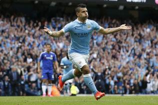 <p>SVEVER: Manchester City og Sergio Agüero er i storform og Etihad Airways får god reklame for pengene om dagen.</p>
