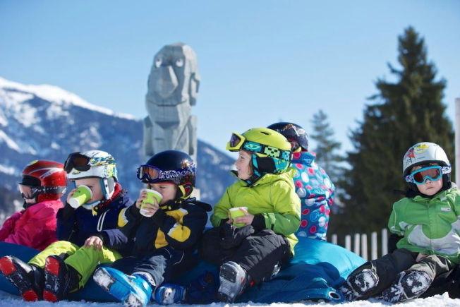 <p>ALPE-BARN: Flere av skistedene i Alpene har egne områder tilrettelagt for barn.<br/></p>