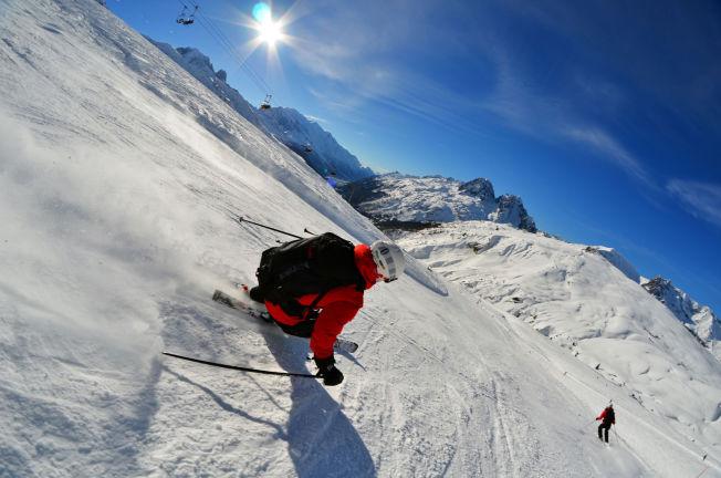 <p>FRANSKE ALPER: Full fart i Chamonix, i sol og med topp forhold.</p>
