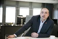 Robert Eriksson vil endre loven for ME-syke barn