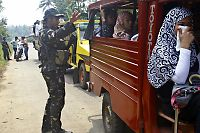 800 politifolk og militære jakter kidnapperne på Filippinene