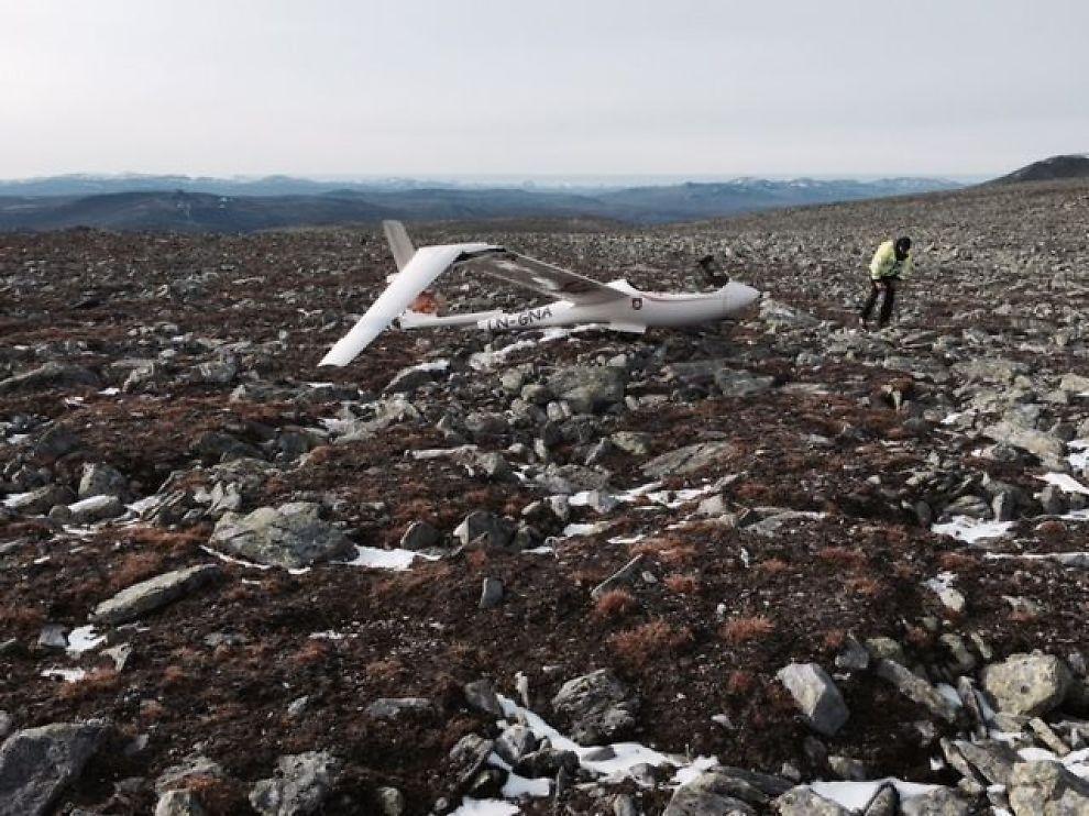 <p>KRASJET PÅ FJELLET: 1729 moh. ble seilflyet funnet krasjet på fjellet Hatten på Dovrefjell mandag formiddag.<br/></p>