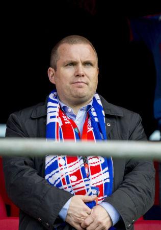 <p>KRITISK: Vålerengas daglige leder Stig-Ove Sandnes mener Yngve Hallén ikke bør bli gjenvalgt som ny fotballpresident i mars neste år.<br/></p>