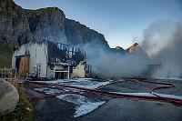 Sjokoladefabrikk brant ned på Værøy
