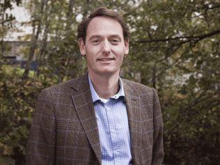 <p>EKSPERT: Terje Strøm er sjeføkonom i NyAnalyse. Han er utdannet samfunnsøkonom fra Universitetet i Oslo. Strøm har tidligere vært makroøkonom i NHO og finanspolitisk rådgiver på Stortinget for Høyre.</p>