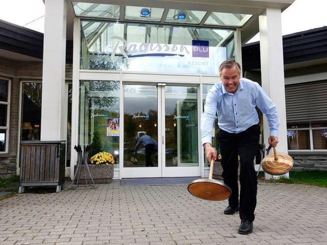 <p>FJELLKØRLING: Direktør Atle Hovi lanserer ny sport på Beitostølen i vinter.<br/></p>