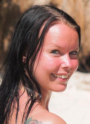 <p>NATURLIG: Susanne Slungård Govasli under innspillingen på Filippinene.<br/></p>