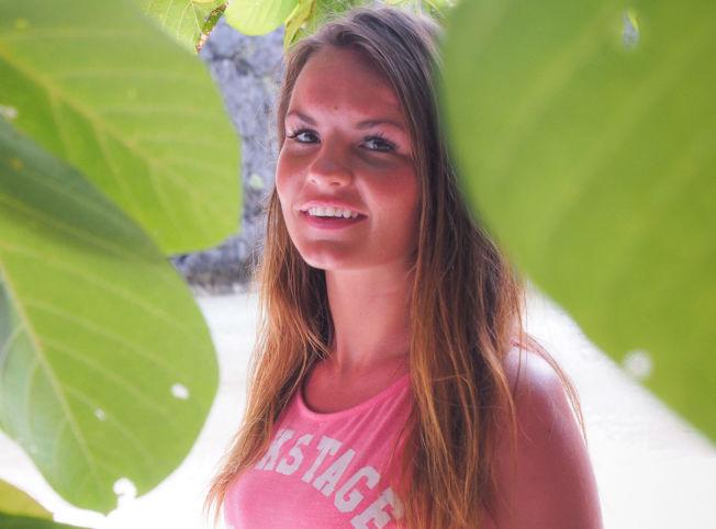 <p>DATER: Sandra Hauge på stranden på en av øyene i Palawan-øygruppen.<br/></p>