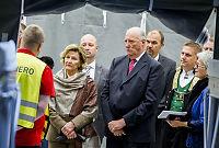 Kongeparet på asylmottak: – Vi må vise hva som bor i oss