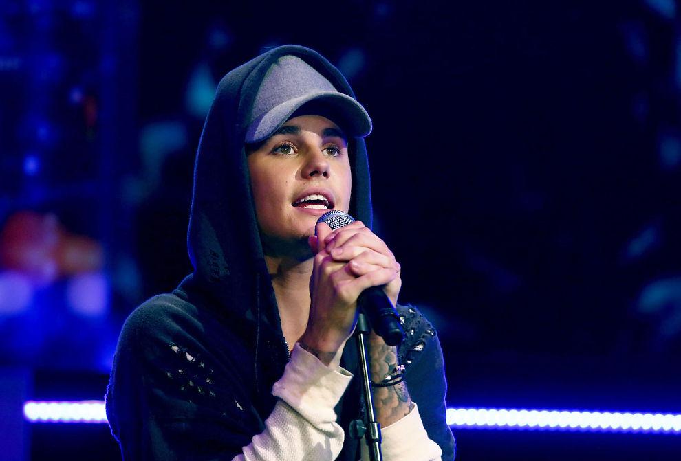 """Oslo 20151029. Artisten Justin Bieber under opptak til fredagens utgave av talkshowet """"Senkveld med Thomas og Harald"""". Opptakene fant sted i Chateu Neuf. Foto: Heiko Junge / NTB scanpix"""