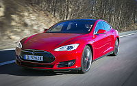 Tesla ble solgt med 700 hk – men bilen har kun 469 hk