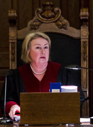 <p>FAVORITT: Toril Marie Øie er favoritt til jobben som ny høyesterettsjustitiarius<br/></p>