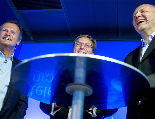 <p>MENNENE PÅ TOPP: Avgått konsernsjef Jon Fredrik Baksaas (til venstre), nå sparket styreleder Svein Aaser (midten) og fersk konsernsjef Sigve Brekke under presentasjonen av Brekke 12. mai i år.<br/></p>