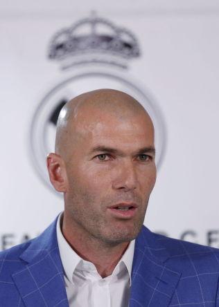 <p>NY SJEF: Zinedine Zidane.<br/></p>