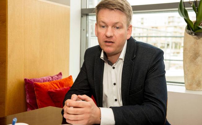 <p>ALVOR: Stortingsrepresentant Anders Tyvand (KrF) mener norske skoleelever ikke kan vente påregjeringen stort lenger.</p>