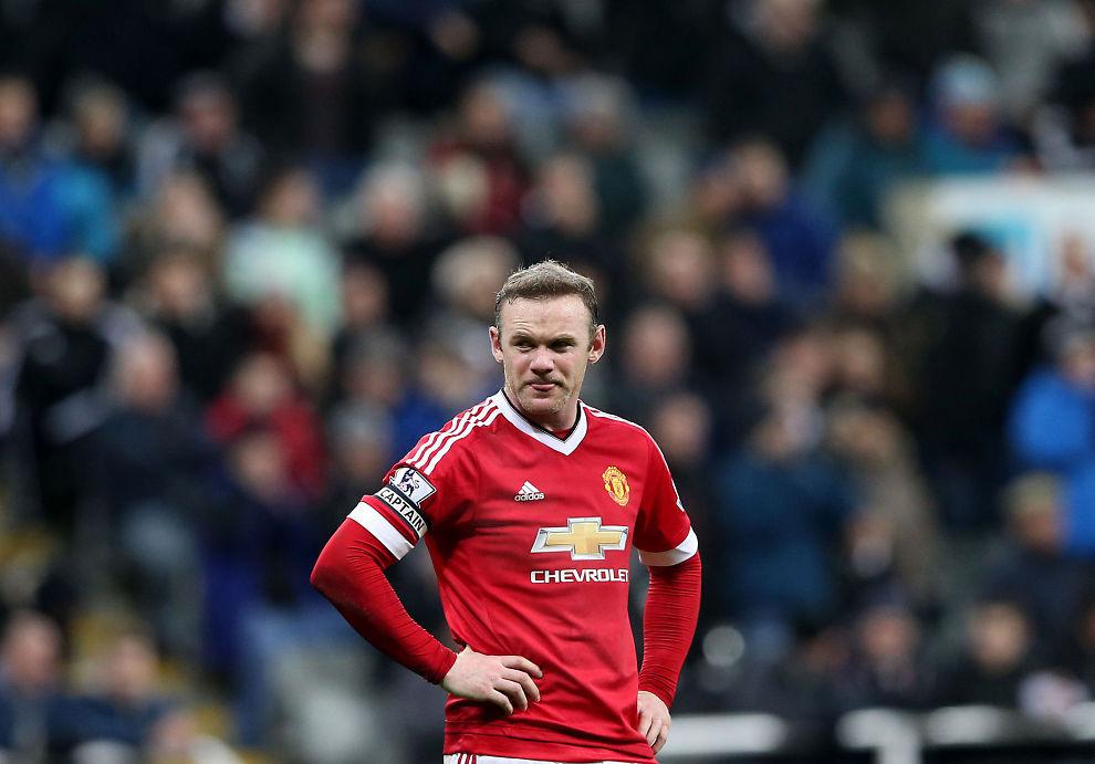 FRUSTRERT: Wayne Rooney fant igjen scoringsskoene, men laget hans åpnet seg bak - 3-3 mot Newcastle.