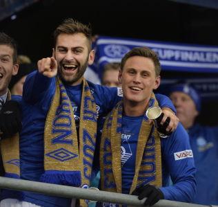 <p>CUPFINALEHELT: Finaletriumfen mot Rosenborg i 2013 ble Magne Hoseths siste tittel for Molde. Etter det har han spilt både for Stabæk, Viking og Aalesund.<br/></p>