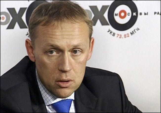 <p>TRAFF LITVINENKO: Andrej Lugovoj traff avdøde Aleksandr Litvinenko i London den dagen han trolig ble forgiftet. Han avviser beskyldningene mot seg som«absurde».</p>