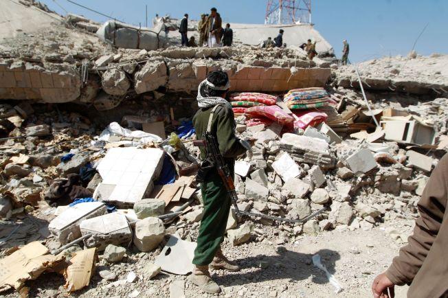 <p>BOMBET: Dagen før de to Abdullah og Ahmed ble transportert til Russland, ble politiets hovedkvarter i Sanaa bombet. Minst 30 mennesker ble drept, skriver nyhetsbyrået AP. Begge de to flyktningene har pass utstedt i Sanaa.</p>