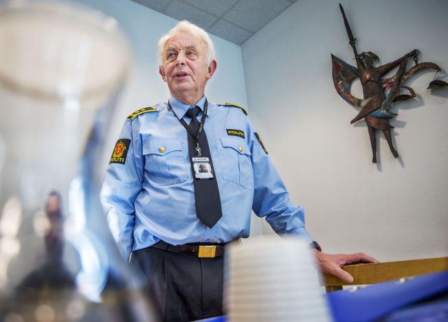 <p>I RETTEN: Torsdag ble også den mannlige saksbehandleren (44) varetektsfengslet i fire uker. Han nekter straffskyld. Her er politiadvokat Hans Lyder Haare avbildet i Drammen tingrett.</p>