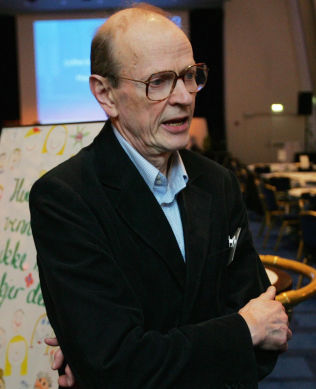 <p>NESTOR I MOBBEKAMPEN: Dan Olweus, mangerig professor ved Universitetet i Bergen.</p>