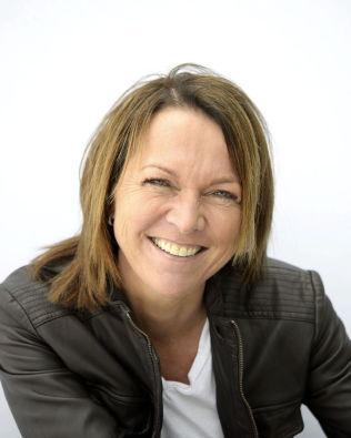 <p>SKEPTISK: SoMe-ekspert Cecilie Staude mener man bør tenke seg litt om.<br/></p>