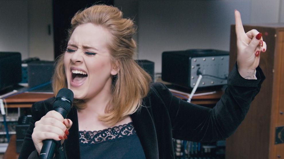 <p>POPULÆR PÅ YOUTUBE: Adeles «Hello» har blitt sett over en milliard ganger på 87 dager.</p>