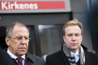 <p>STOPP: Russlands utenriksminister Sergej Lavrov og utenriksminister Børge Brende, her i Kirkenes i 2014. Nå sier Lavrov at Russland ikke vil ta tilbake de som har oppgitt falske data i visumgrunnlaget.</p>