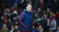 United-ekspert hevder Louis van Gaal tilbød seg å gå av