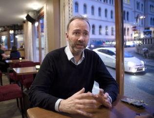 OK FORNØYD: Ap-nestleder Trond Giske mener partiet har stabilisert seg.