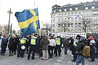 Stockholm: Høyreekstreme demonstrerte mot asylsøkere - så angrep de antirasister