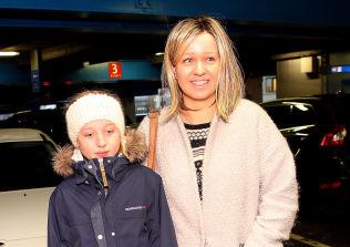<p>Hanne Marie Ruud (38) og Henriette (11)</p>
