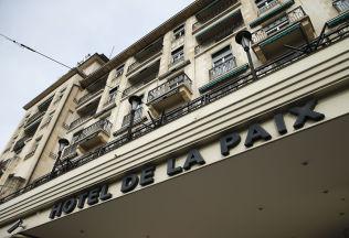 <p>FREDSHOTELLET: Dette er hotellet der den syriske opposisjonen er innkvartert under samtalene i Geneve. Det har det passende navnet Hotel de la Paix (fredens hotell).</p>