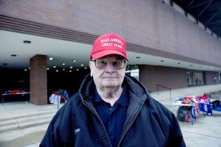 <p>«MAKE AMERICA GREAT AGAIN»: Trumps slagord står på capsen til Orrin Miller (70)</p>