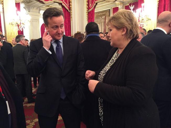 <p>HVER GANG DE MØTES: Erna Solberg har besøkt David Cameron i 10 Downing Street flere ganger, som her i 2015.</p>
