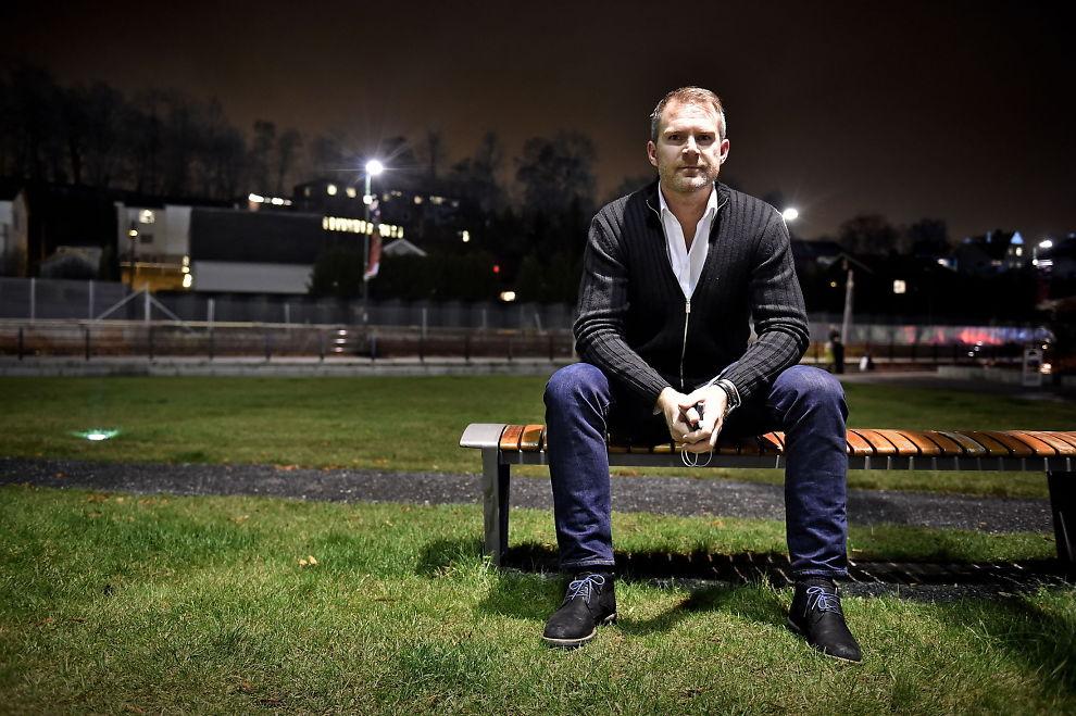 <p>OMSTRIDT: Jim Solbakken er Norges mektigste fotballagent. Bladet Josimar har ved flere anledninger gått Ole Gunnar Solskjærs nære venn i sømmene. Det gjør de også i sin siste utgave.</p>