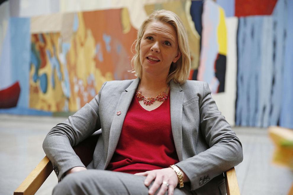 STATSRÅD: Innvandringsminister Sylvi Listhaug (Frp) møter motstand fra flere partiet på særlig ett av forslagene til innstramming i asylpolitikken.