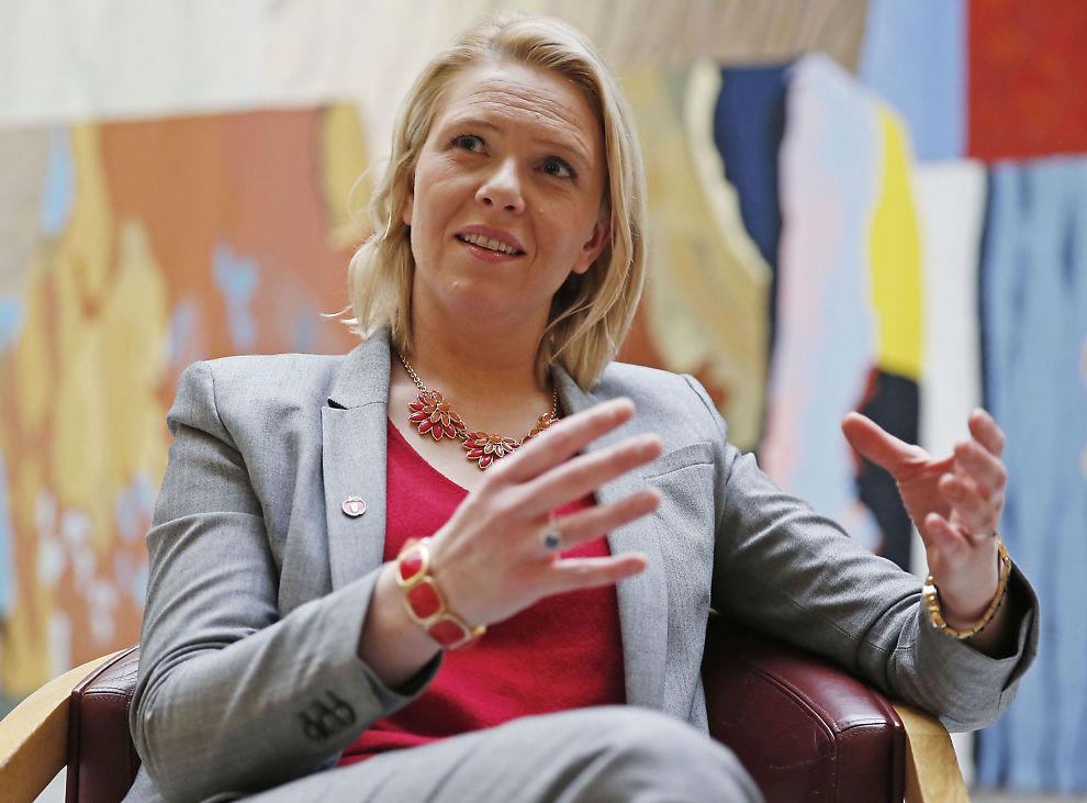 <p>OMSTRIDT: Integreringsminister Sylvia Listhaug står midt i asylstormen. Det gjør henne både elsket og hatet blant velgerne. Foto: Trond Solberg</p>