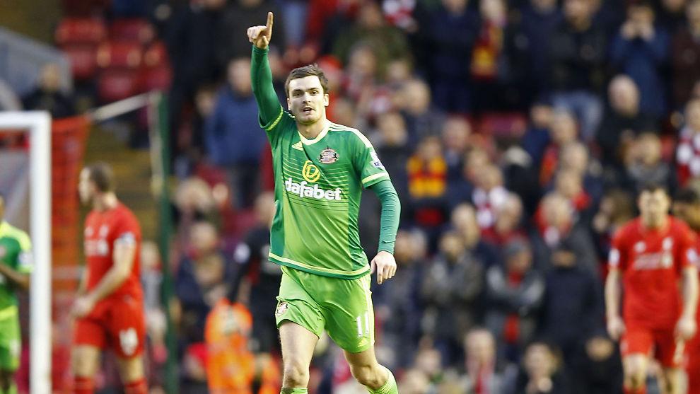 <p>FERDIG I SUNDERLAND: Adam Johnson har fått sparken etter at han innrømmet skyld i den pågående rettssaken der han står tiltalt for seksuell omgang med en 15-åring.Her jubler han etter å ha scoret 1-2-målet mot Liverpool sist helg.</p>